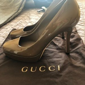 Gucci platform square toe brown pumps
